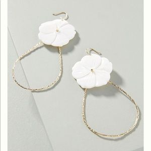 Anthropologie April drop earring